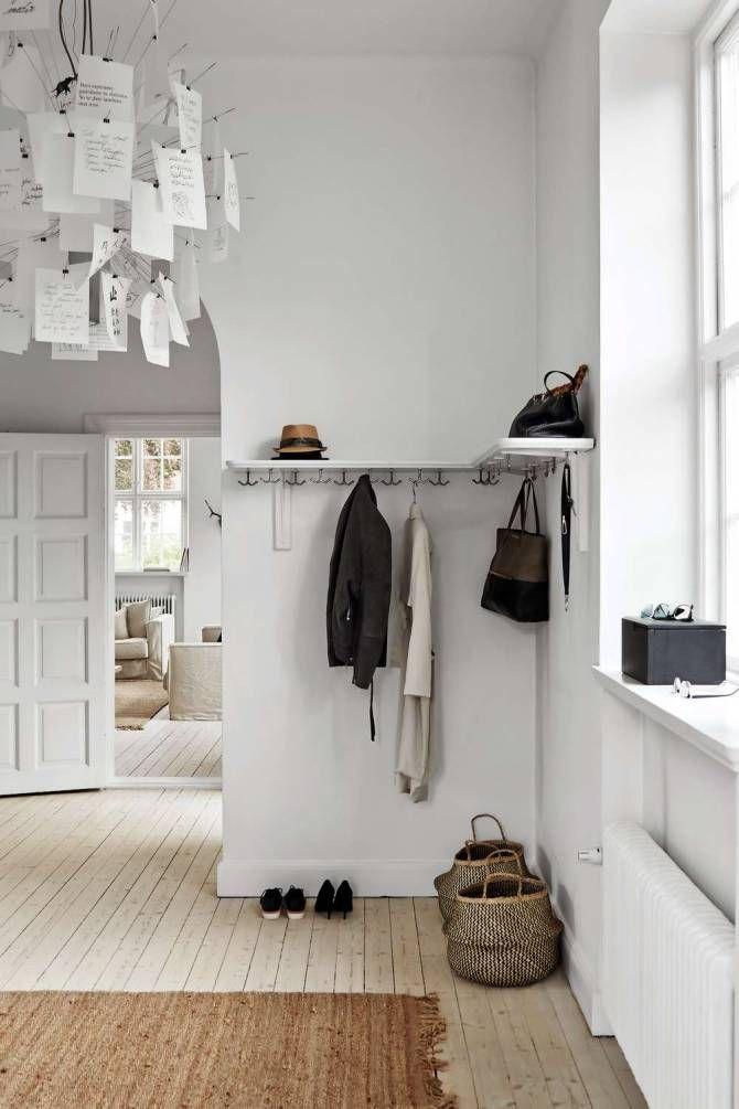 Undvik trånga interiörer med minimalistisk stil