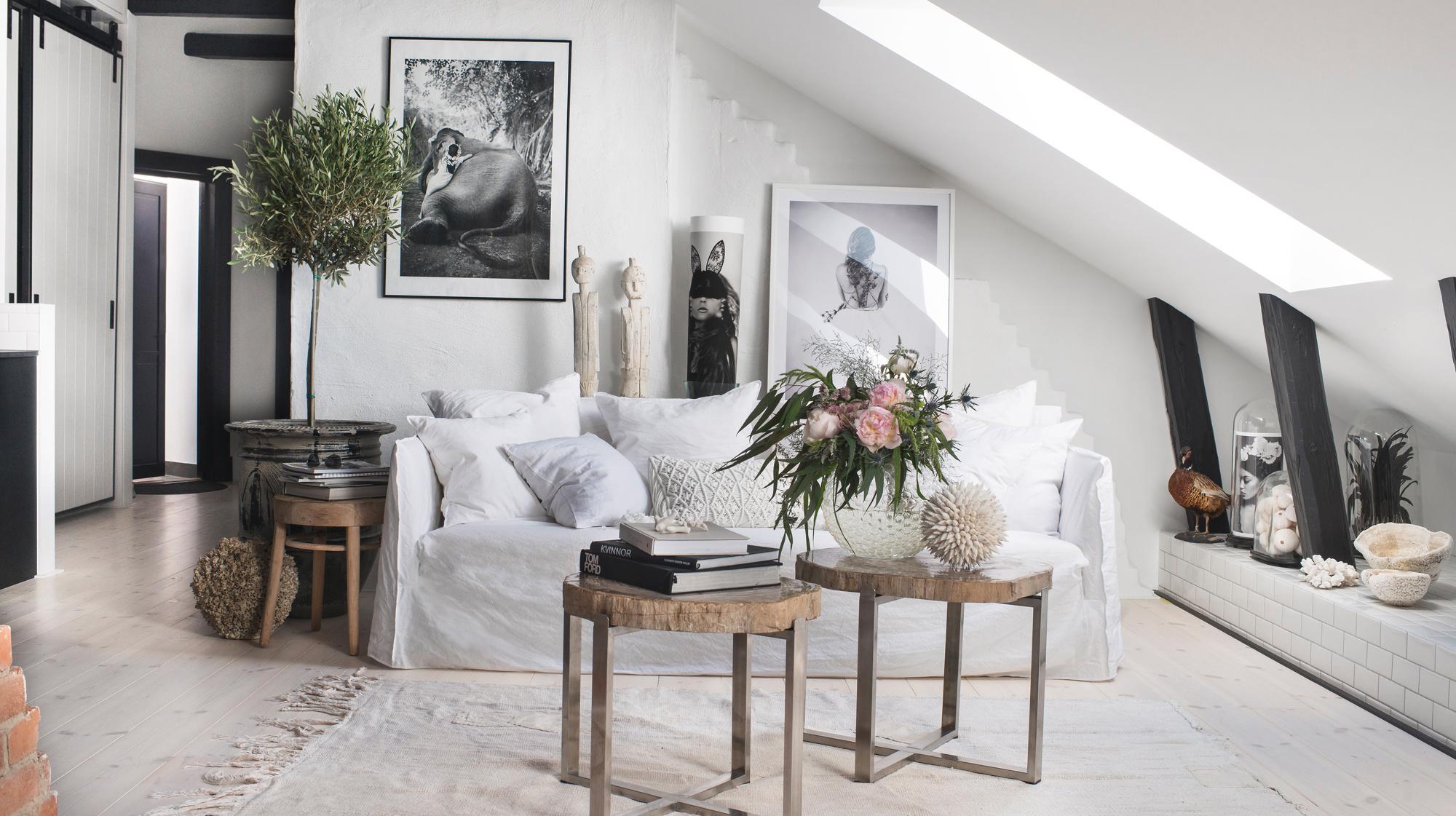 Vit lägenhet inredningsdesign